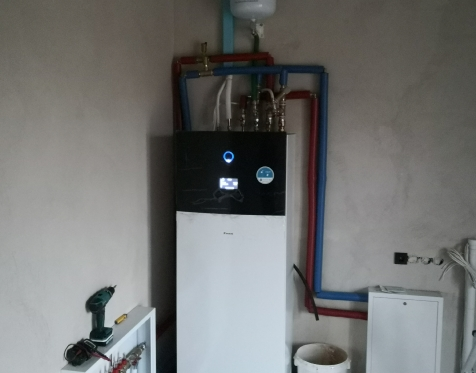 Daikin Altherma 3 su integruota vandens talpa