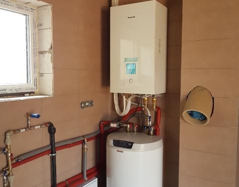 Panasonic Aquarea 7kW vidinis blokas su 160l vandens šildytuvu