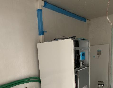 Panasonic Aquarea vidinis blokas su integruota 185l vandens talpa
